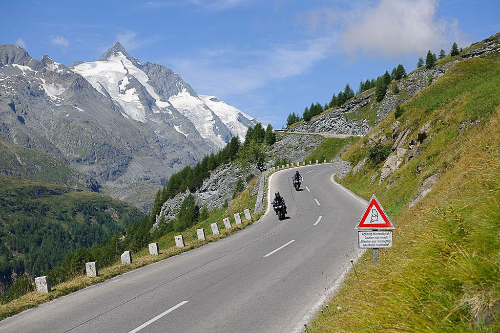 With horsepower and torque on the Grossglockner High-Alpine-Road